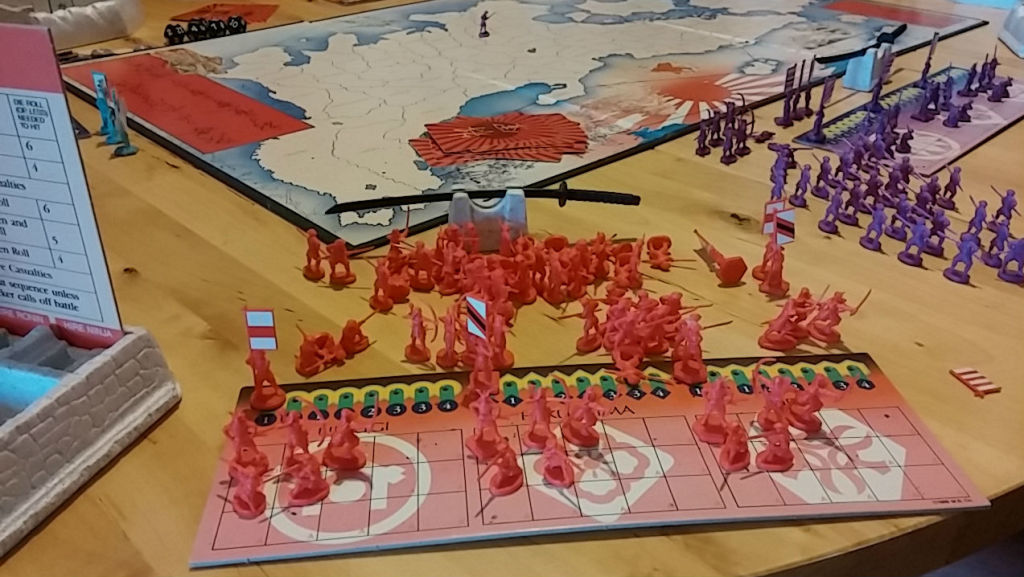 Here are my red unit pieces. One of my flag bearers had broken in half, but that's expected for such an older game with small plastic pieces.